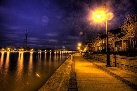 ISO 200, F/8, 3-30 sec, 17 mm Lens, 7 exposure HDR