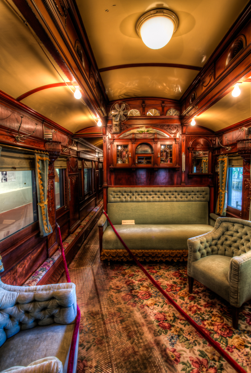 inside the custom railroad car at adirondack museum jazzersten 39 s hdr blog. Black Bedroom Furniture Sets. Home Design Ideas