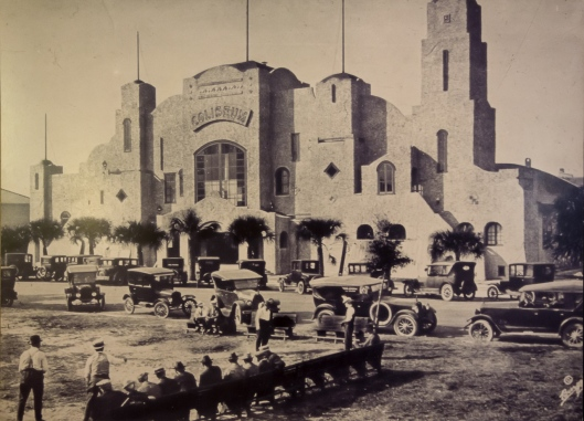 Historic photo of the Coliseum from early last century.